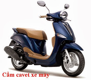 Cầm cavet xe máy