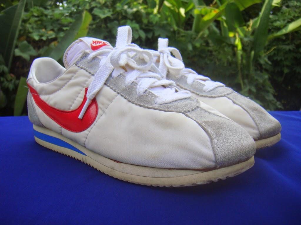 the best attitude 53cc1 150a4 Vtg Nike Senorita Cortez Shoes