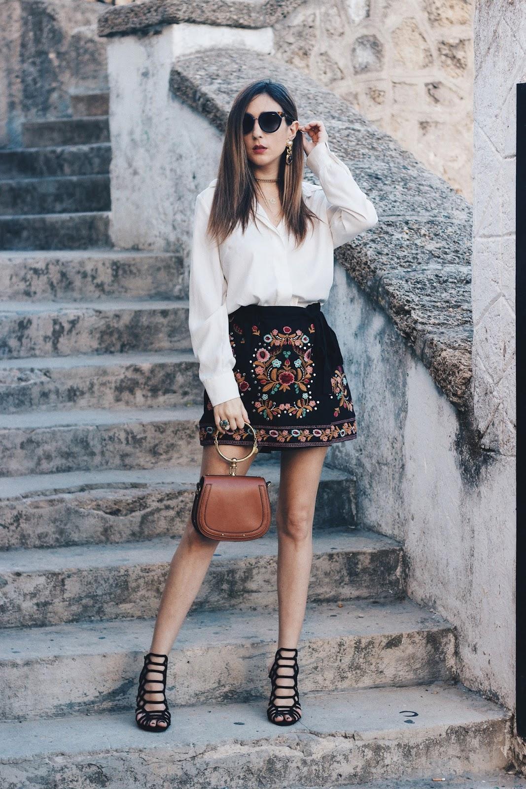 shorts bordados zara