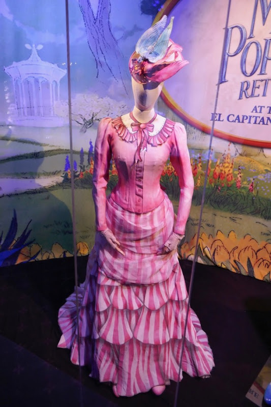 Emily Blunt Mary Poppins Returns Royal Doulton Bowl costume