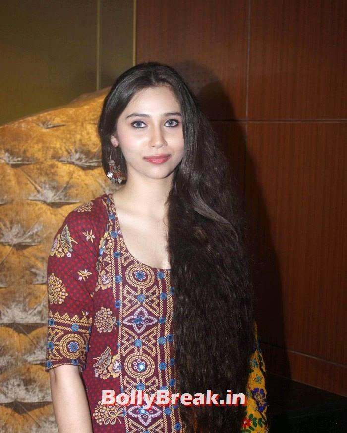 Sasheh Aagha very long hair, Sasha Agah, Tia Bajpai Pics from 'Desi Kattey' Trailer Launch