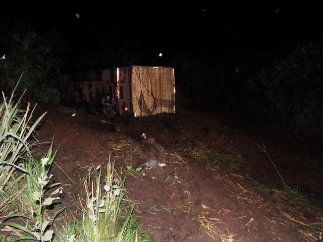 Caminhão que saiu de Brasnorte capotou na Serra do Parecis