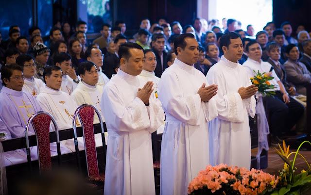 Lễ truyền chức Phó tế và Linh mục tại Giáo phận Lạng Sơn Cao Bằng 27.12.2017 - Ảnh minh hoạ 124
