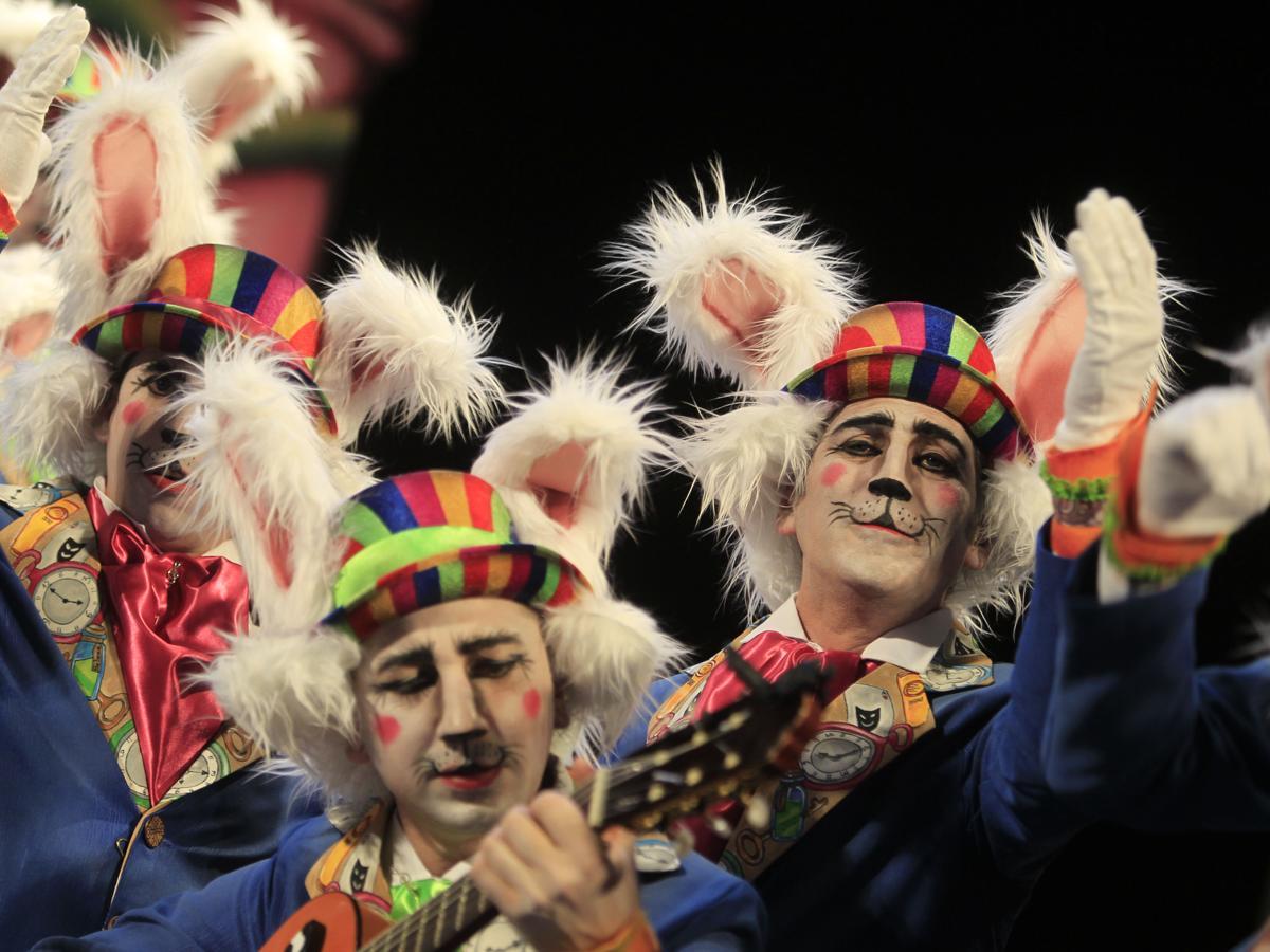 Un c diz de maravilla coro cuartos coac 2017 falla de for Cuartos de final carnaval 2017