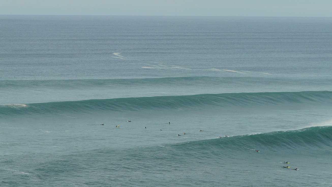 surf menakoz diciembre 2015 olas grandes 17