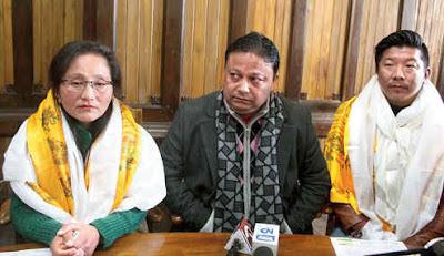 Prativa Rai Darjeeling Municipality chairmperson, Vice Sagar Tamang with Anit Thapa