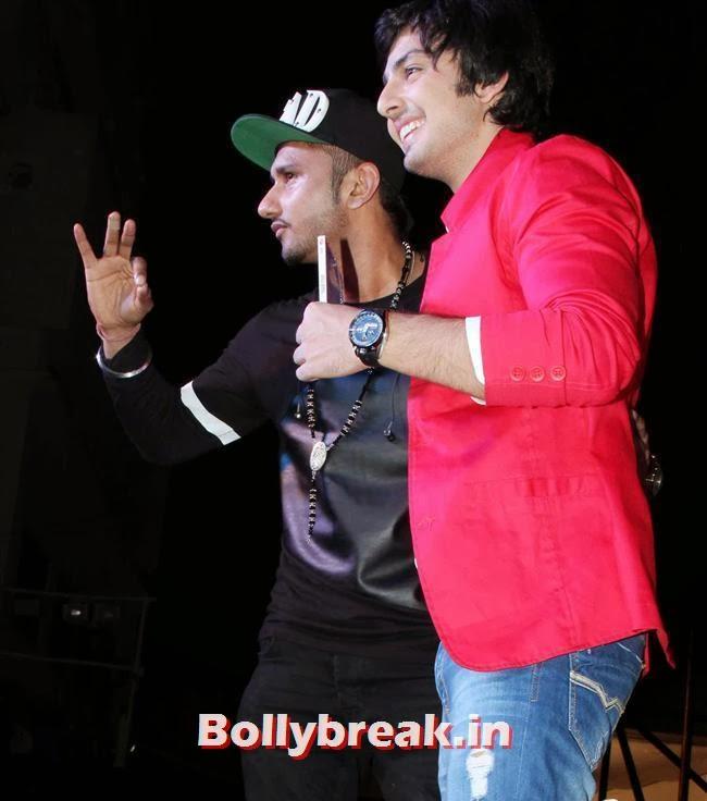 Yo Yo Honey Singh and Himansh Kohli, Hotties at Yaariyan Music Launch
