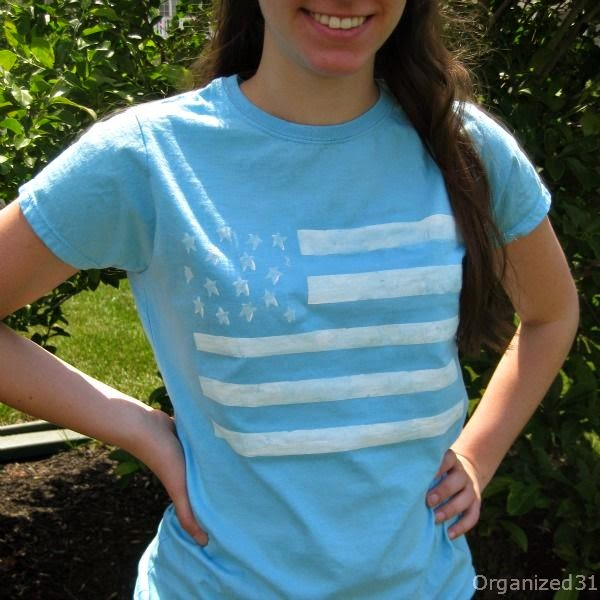http://organized31.com/2013/06/easy-painted-flag-tee.html
