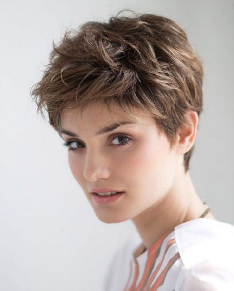 gaya rambut pendek yang trendy,model potongan rambut pendek wanita trendy