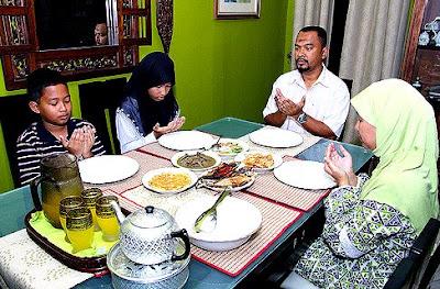 Hikmah Berdoa Sebelum Makan dan Minum