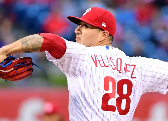 Vince Velasquez roughed up by Diamondbacks