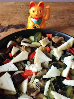 blog fromage, blog fromage maison, tour du monde fromage, visite fromagerie, crumble de légumes à la tome de savoie, la laiterie de paris