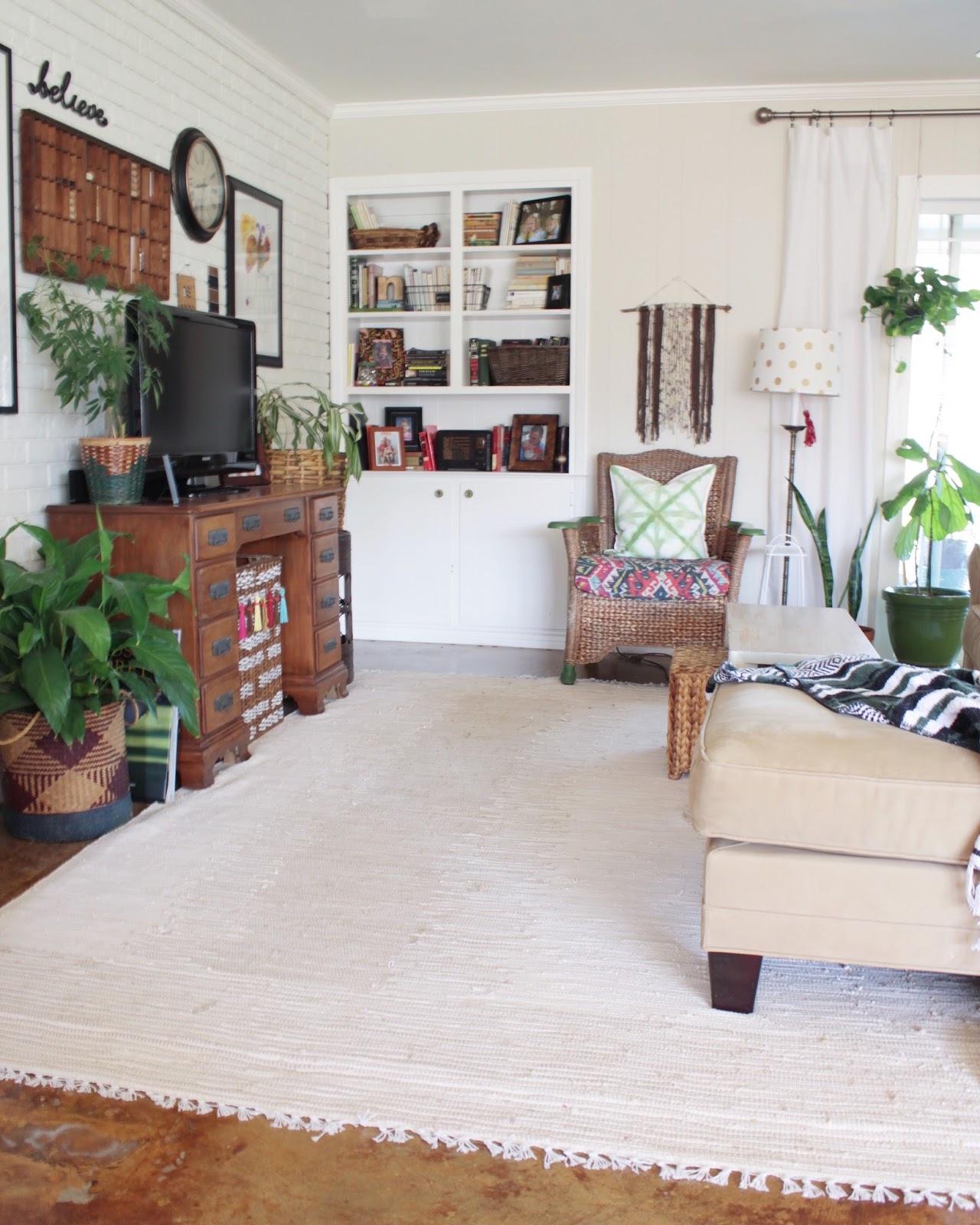 House Homemade: Living Room Switch up