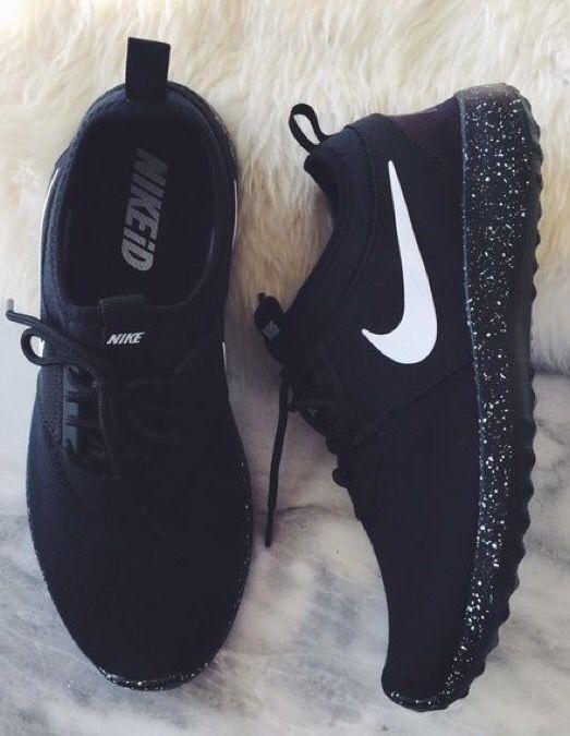 black sport nike