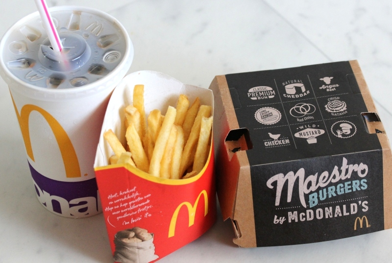 McDonalds maestro burger chicken value meal voordeelmenu