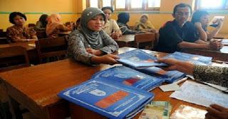 Kemdikbud Siapkan Rapor Baru, Sekolah Wajib Keluarkan 2 Rapor Penilaian Siswa