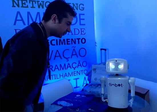 Tinbot - Robô Brasileiro - Img 2