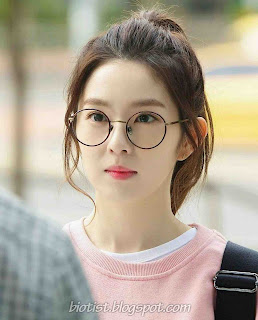Irene of Red Velvet Cute Photos with Round Glasses