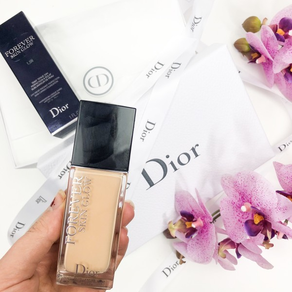 Glam Shine Beautyblog Dior Forever Skin Glow Foundation
