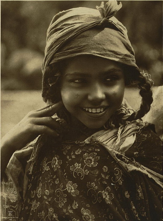 27 Fascinating Vintage Portrait Photos Of North Africa S