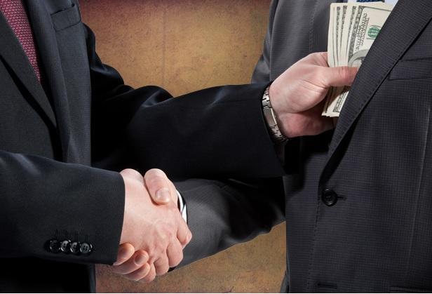 Dólares, trajes y corbatas