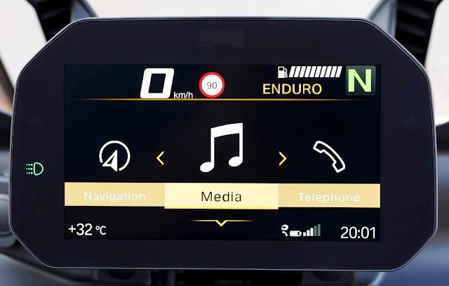 Multimídia BMW Motorrad Connectivity chega ao Brasil
