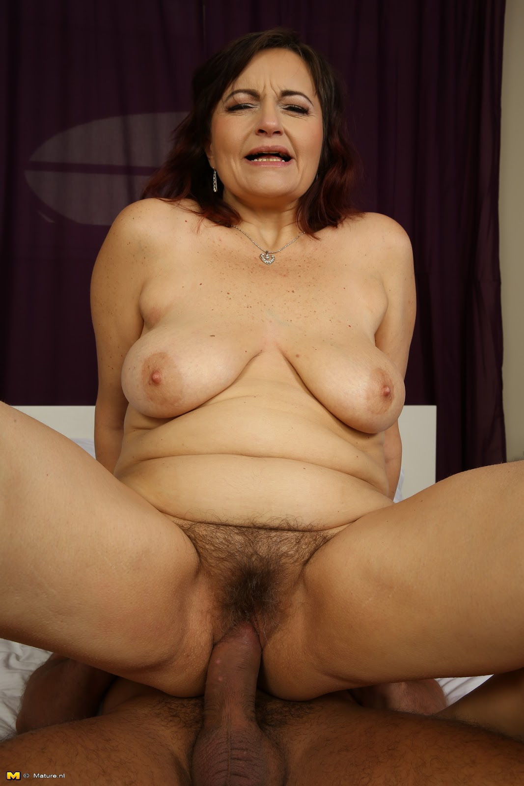 Hairy married pic pussy woman