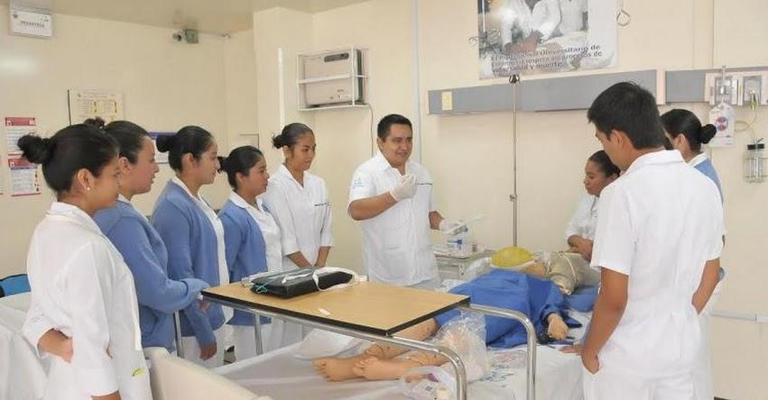 Más de 320 acreditaciones evidencian avance de la calidad educativa en el perú, informó el SINEACE - www.sineace.gob.pe
