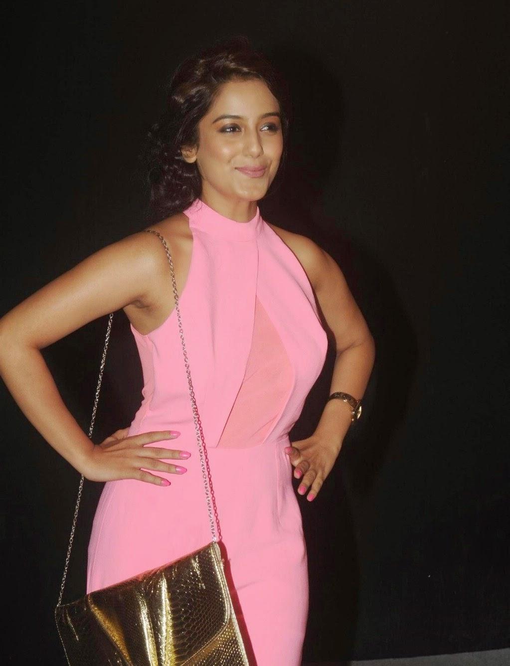 Adaa Khan dazzling saree stills from Gemini awards