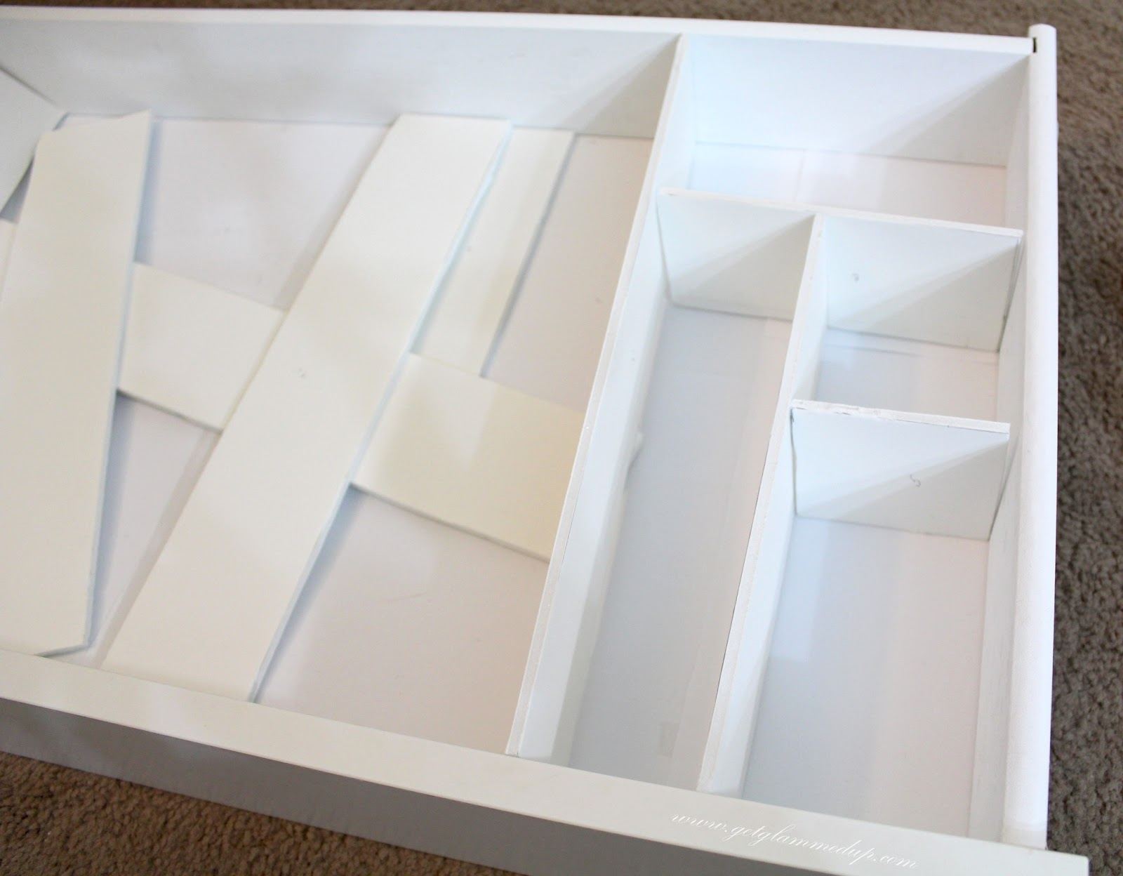 Diy custom drawer dividers getglammedup for Cardboard drawers ikea