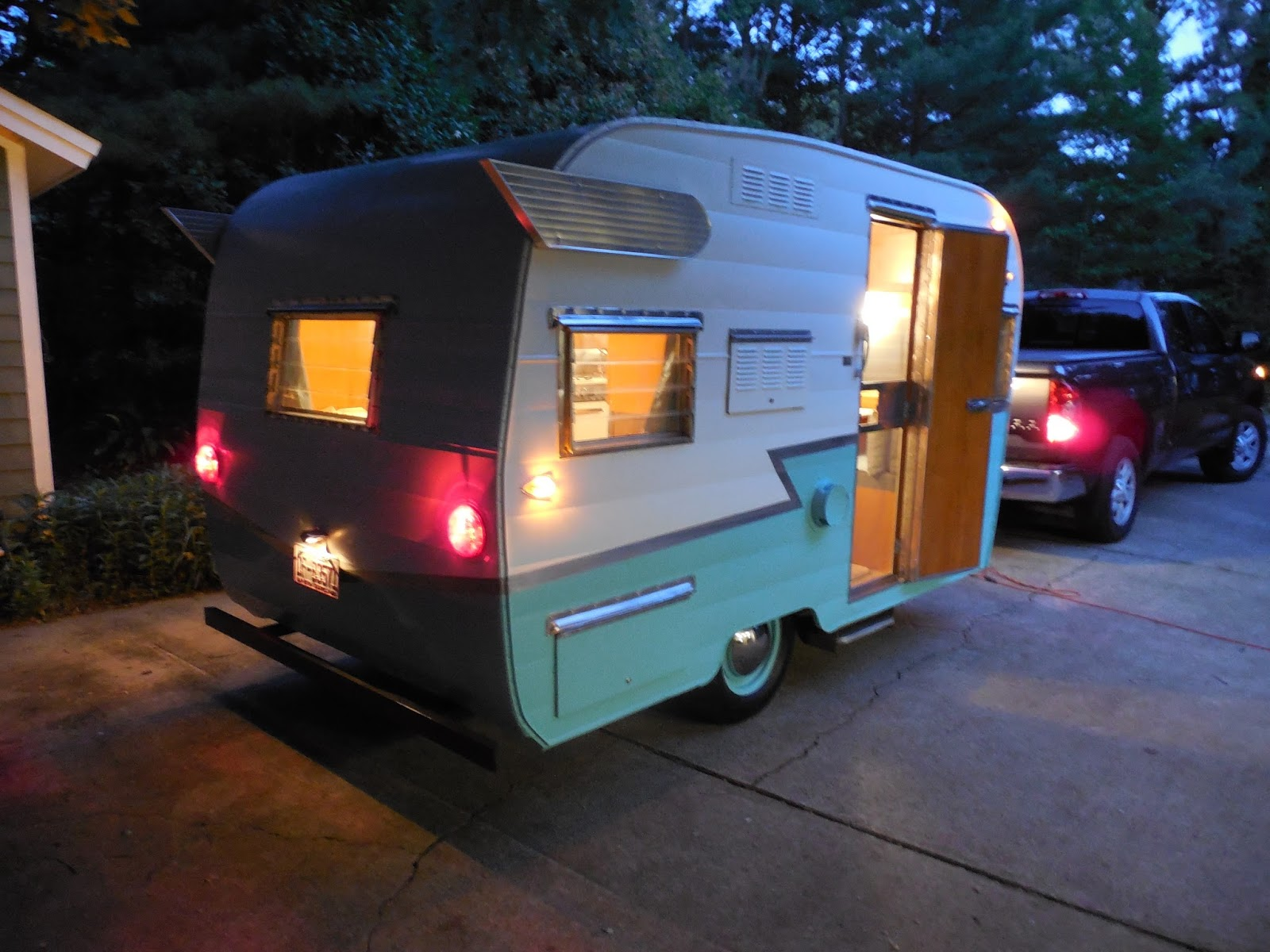 1964 Shasta 1500 Our Camper Trailer Wiring Restoring Vintage Campers Has Been My Hobby Since Retiring This Restoration Took Me About 500 Hours Start To Finish Its Hope That Blog Will Give
