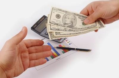 Cara melakukan pembayaran internasional secara tunai