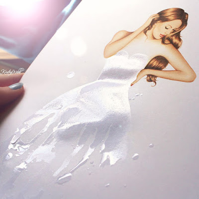 Mujer bonita con vestido blanco