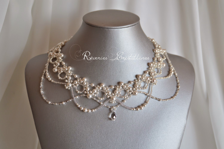 bijou plastron en dentelle de perles