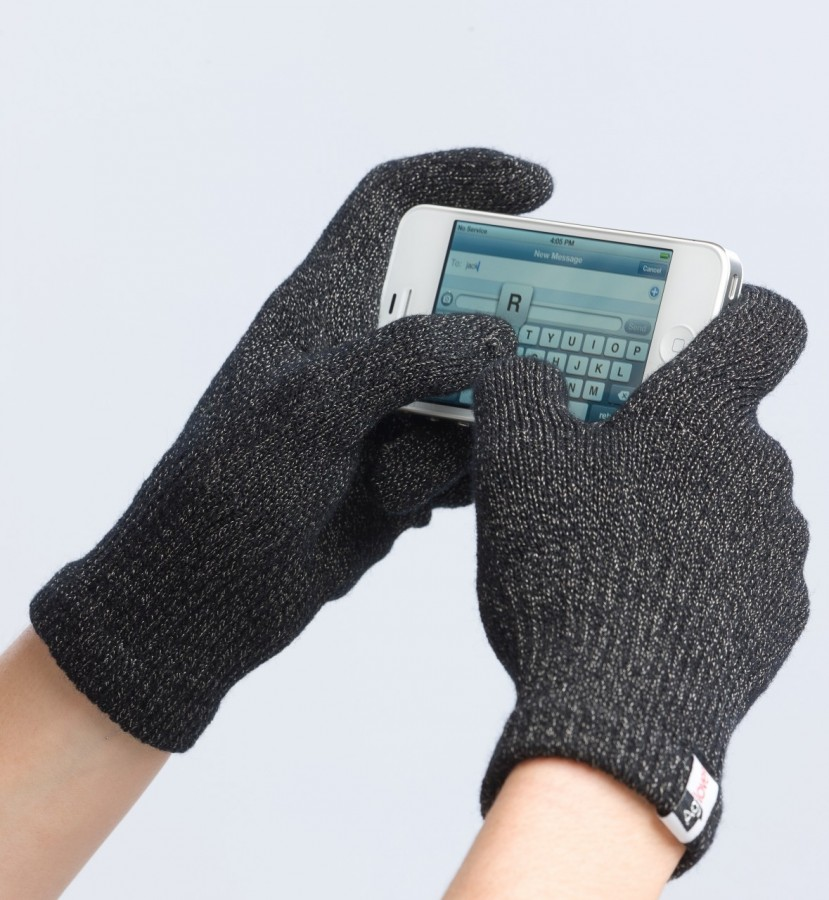 kellie 39 s camera agloves the best texting gloves review and giveaway. Black Bedroom Furniture Sets. Home Design Ideas