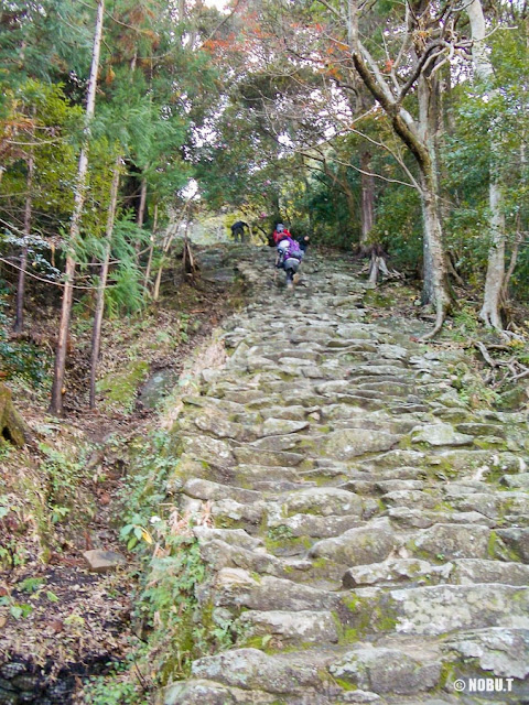 和歌山県新宮市「神倉神社」の石段
