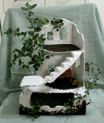ギリシャのテラス風ドールハウス