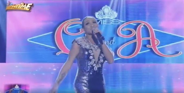 This Miss Q&A Contestant Did Something on Stage Which Caused Everyone to Laugh – Watch the Hilarious Video Here!