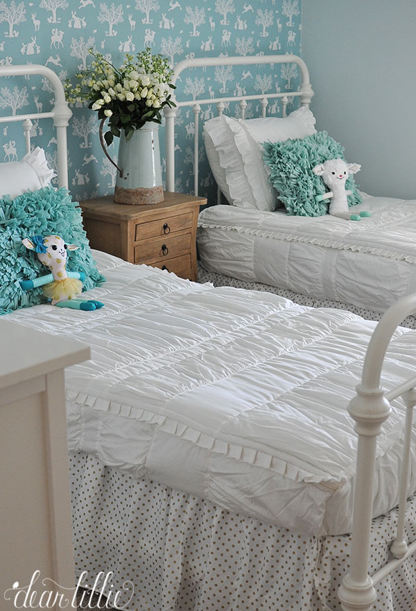 A Little Preview of Vintage Style Girls\' Room - Dear Lillie ...