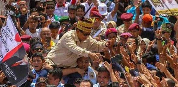 Prabowo, Sandiaga, Dan Anies Sapa Jutaan Peserta Kampanye Akbar