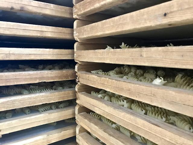 pasta factory Pastificio Dei Campi Gragnano pic:Kerstin Rodgers/msmarmitelover.com