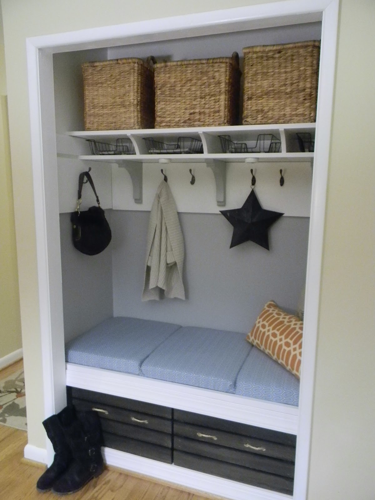 The Diligent One Mini Mudroom Reveal