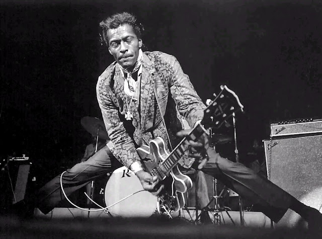 Un Clásico: Roll Over Beethoven - Chuck Berry ( En Vivo)