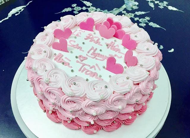Hình ảnh bánh kem dễ thương màu hồng thật đáng yêu