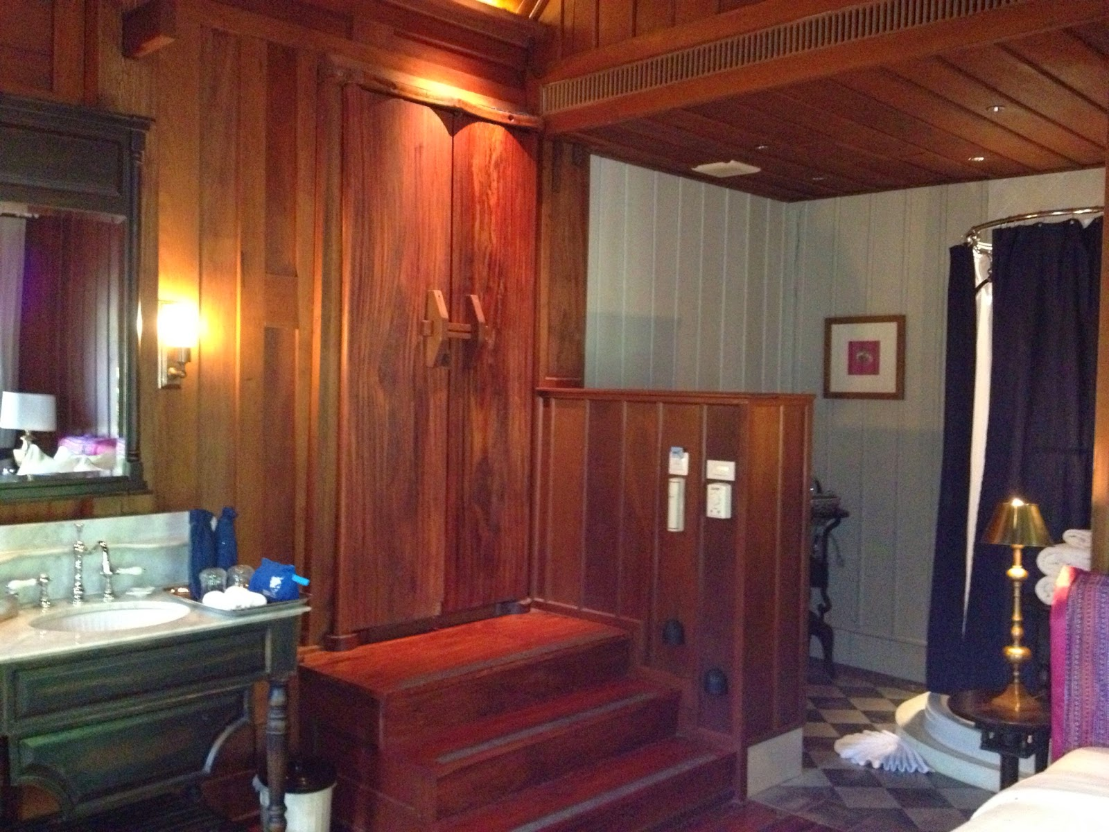 Luang Prabang - Our room at the Burasari Heritage with the open bathroom