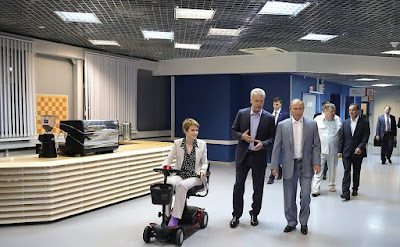 Vladimir Putin during his visit to Sirius Educational Centre.