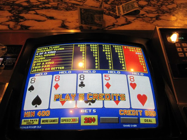 Boars Head Bar Video Poker Four of a Kind 8s