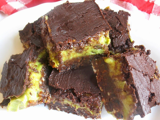 raw avocado nanaimo bars