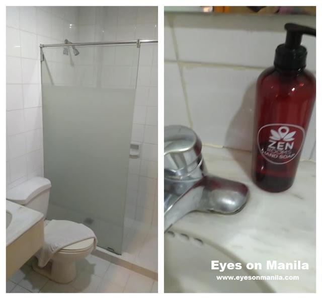 Aloha Hotel Manila Bathroom