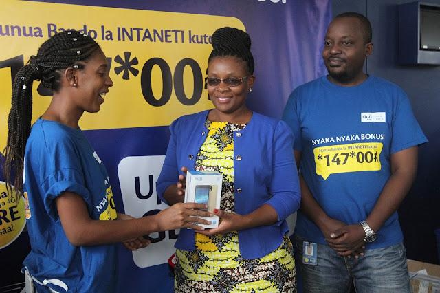 Smartphone zaidi zatolewa Kwa Washindi wa promosheni ya Nyaka Nyaka Bonus
